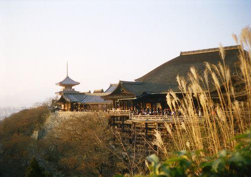 16kiyomizu04.JPG